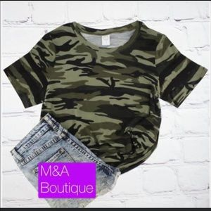 Super cute camouflage shirt sleeve tee